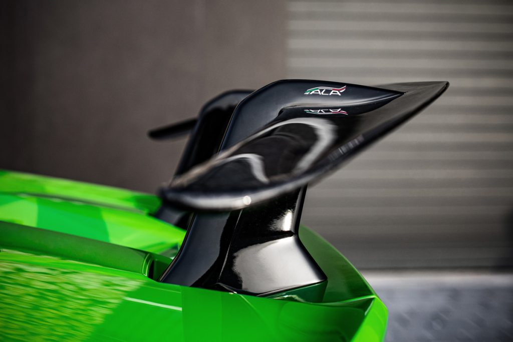 Lamborghini-Huracan-Performante-03